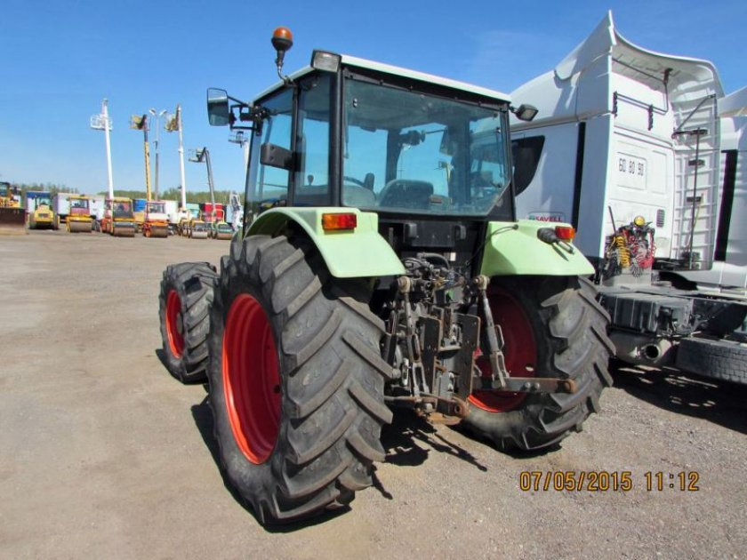 трактор  CLAAS CELTIS 436 PLUS