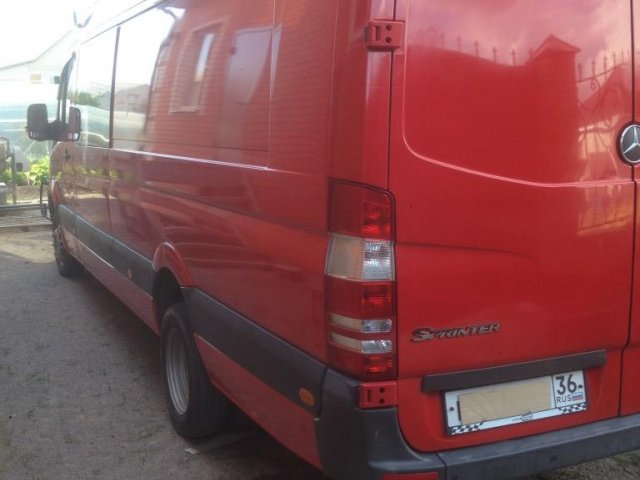цельнометаллический фургон Mercedes-Benz  Sprinter 515