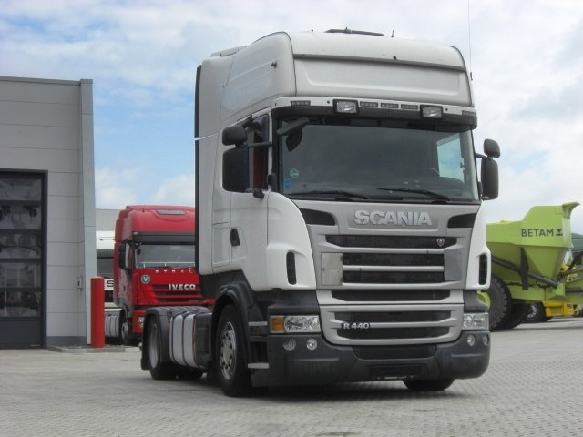 седельный тягач Scania R440 4X2 / MEGA / manual / RETARDER