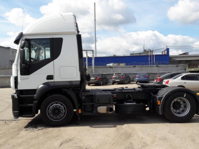 седельный тягач Iveco Stralis Hi-Road AT440S42T/P RR