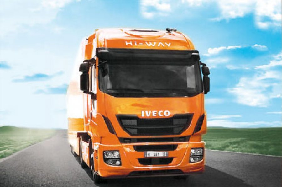 Iveco Stralis Hi-Way получил премию «Truck of the Year 2013»